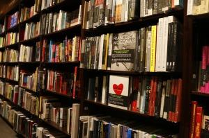 bookstore-1315560_1280
