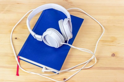 audiobook-3106985_640